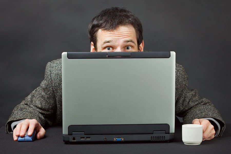 hiding-behind-computer-mlm-business