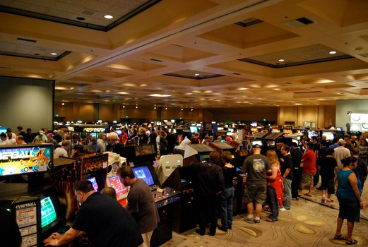 California Extreme: Retro Arcade Weekend (July 13-14)