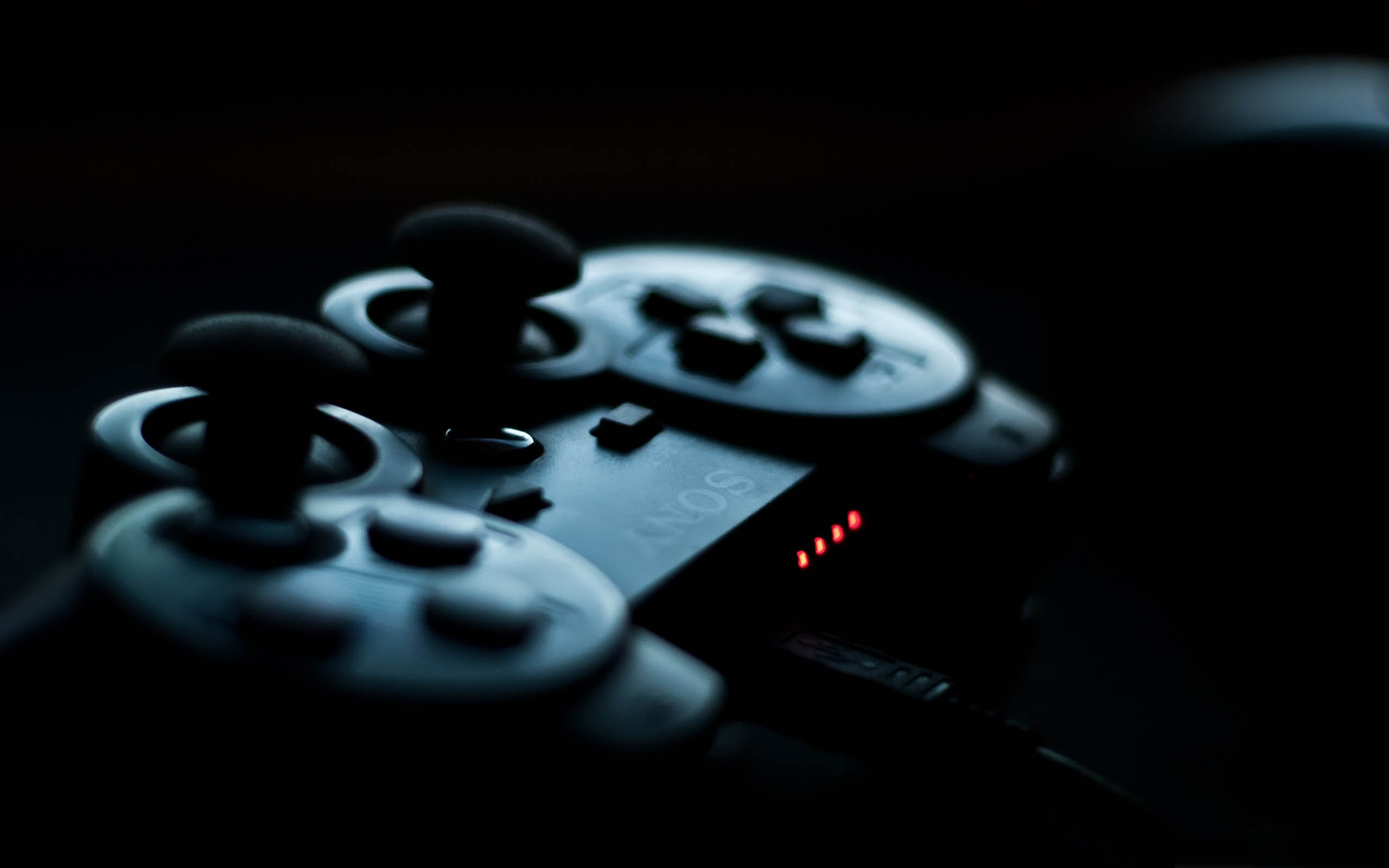 PS3-Controller-in-the-Shadows