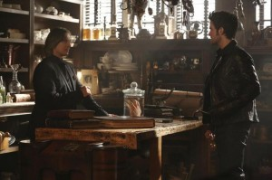 OUAT The Apprentice Gold Shop Leviathyn