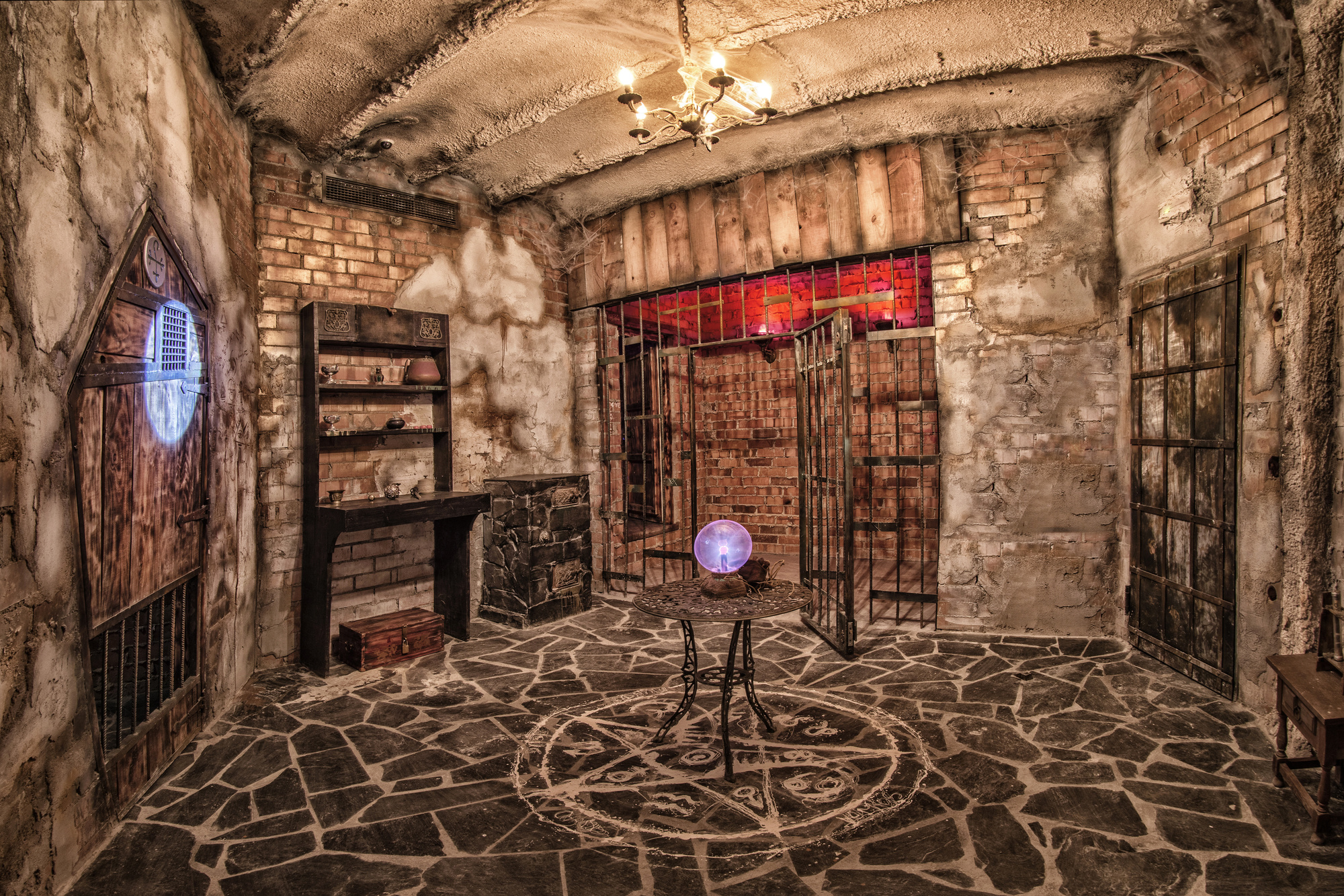 Ready to Dominate an Escape Room?: 10 Tips and Tricks to Help You Win